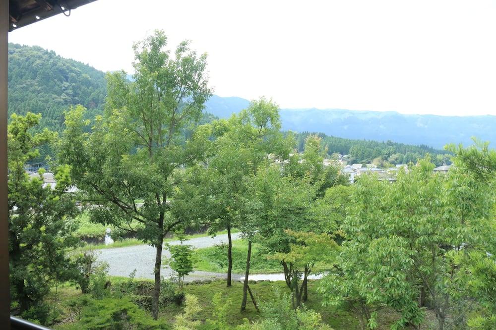Standard Japanese Style Room, Shared Bathroom - Garden View