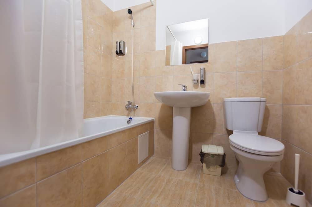 Pokoj typu Basic, dvojlůžko (200 cm) - Koupelna