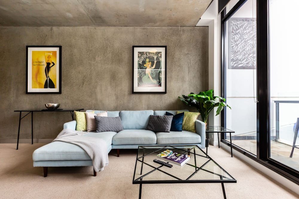 Design Apartment, City View - Living Area