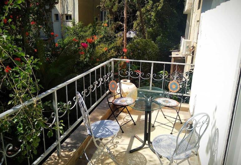 S&L  Near The Beach And The Rambam, Haifa, Dzīvokļnumurs, balkons, Balkons