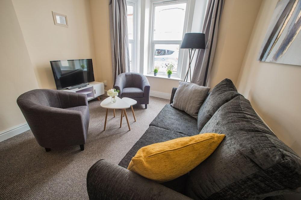 Apartment, 2 Bedrooms, Non Smoking (Apt 1) - Living Area