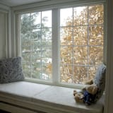 The Looking Glass Room - Guest Room