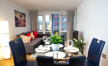 ภาพ The Pinnacle by Jim Paul Apartments ใน เรดดิ้ง