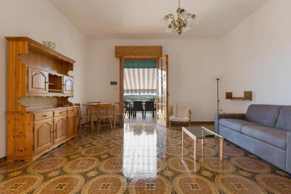 Apartmán, 3 ložnice, terasa - Obývací prostor
