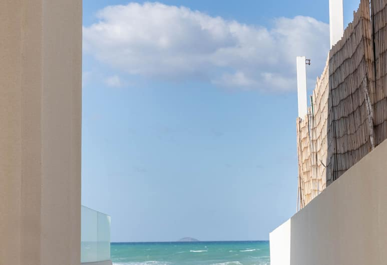 Pebble Luxury Suite by the Sea, Γούβες, Εξωτερικός χώρος ξενοδοχείου