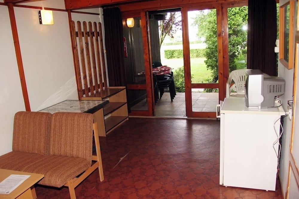 Rodinný bungalov, výhľad na letovisko - Obývacie priestory