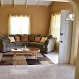 Standard Apartment, 3 Bedrooms, Ocean View - Living Area