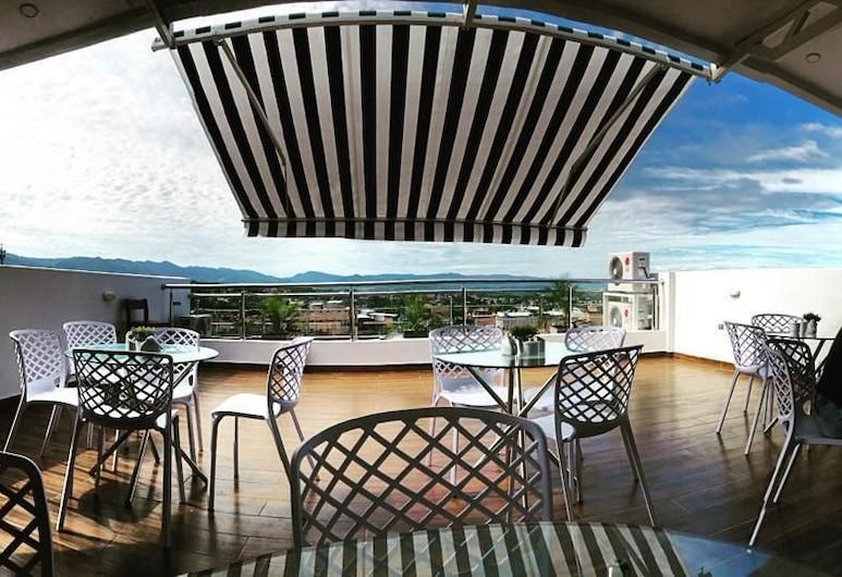 Palm Hotel, Tarapoto, Terasa / vidinis kiemas