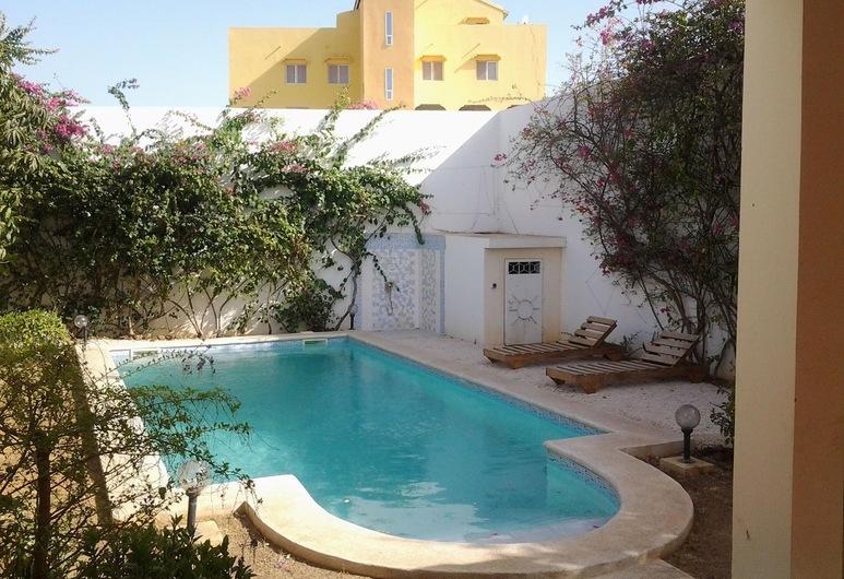 Villa Fatou, La Somone, Piscina al aire libre
