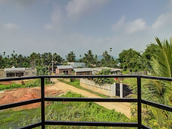 Picture of OYO 13927 Green View Guest House in Guwahati