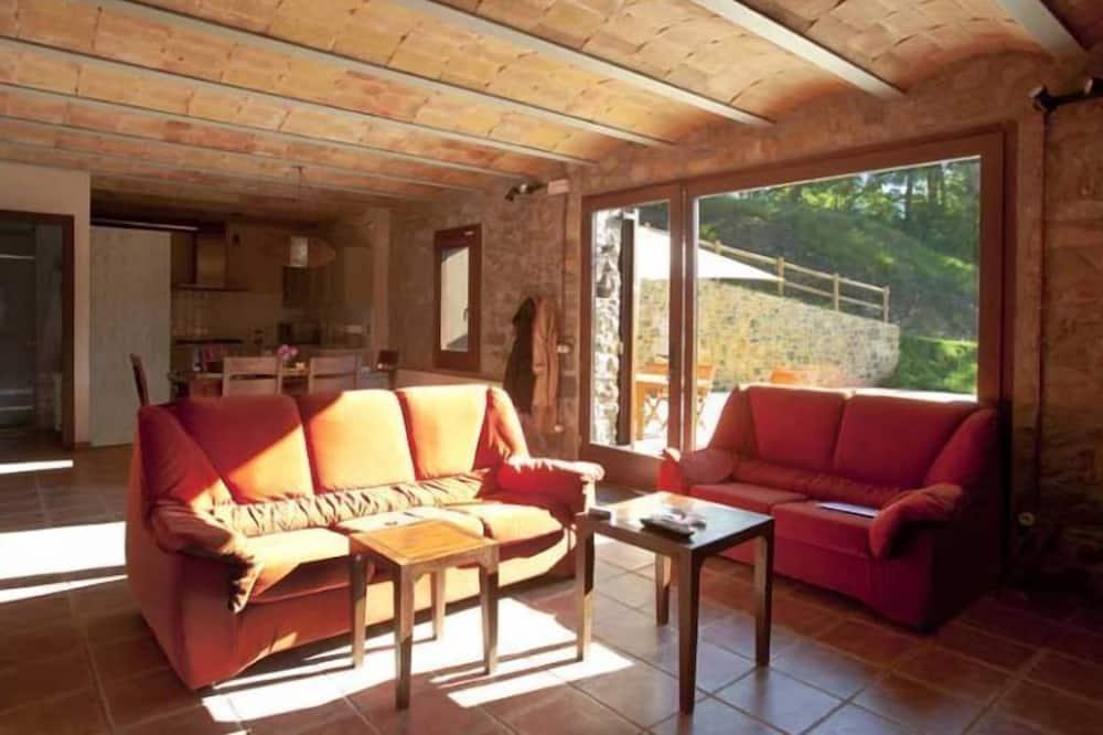 House, 3 Bedrooms (La Cabanya) - Living Area