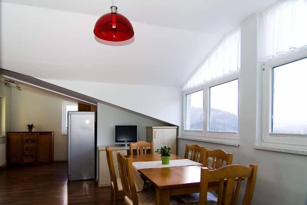 Apartment Smarnica - Living Area