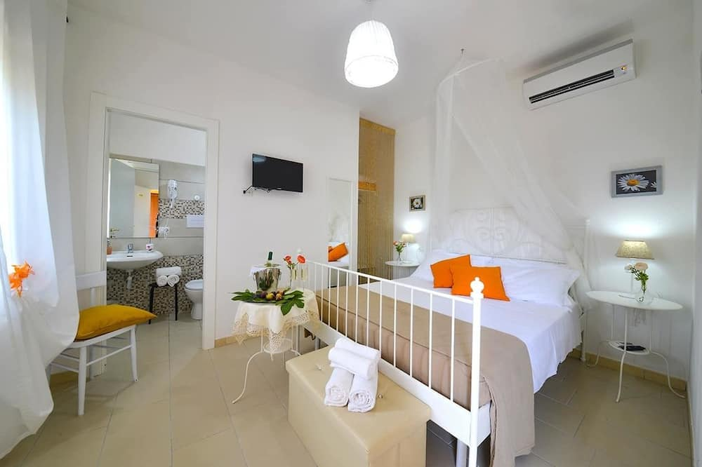 חדר דה-לוקס, נוף לגן - חדר אורחים