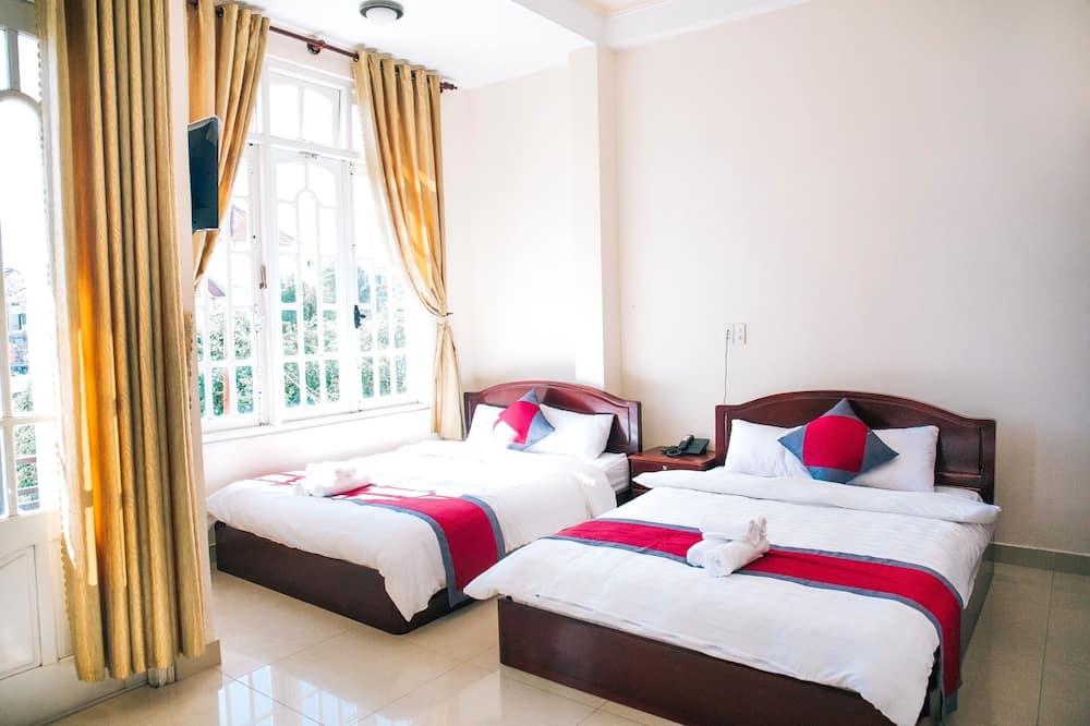 Superior Quadruple Room, Balcony - Guest Room