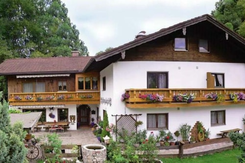 Schmuckenhof/