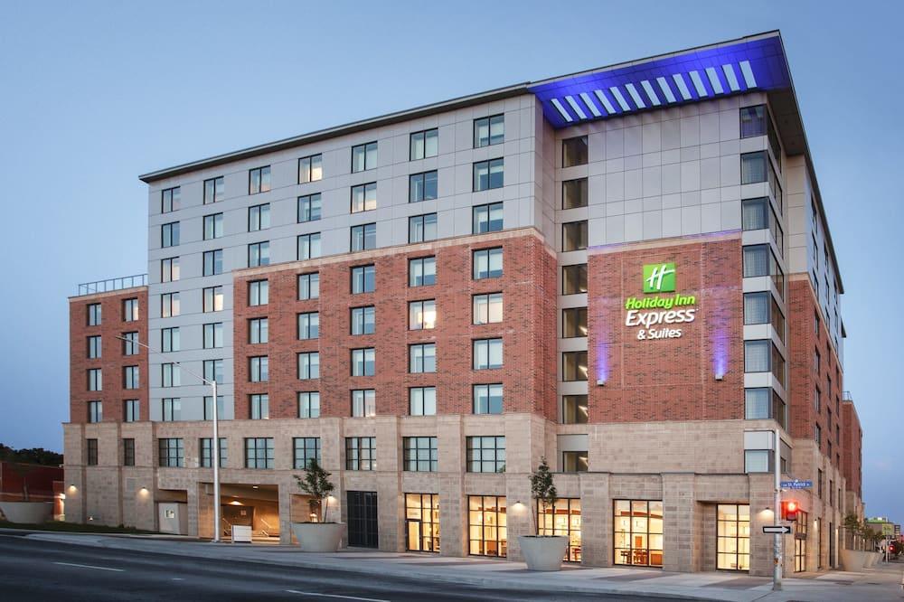 Holiday Inn Express & Suites Ottawa Downtown East, an IHG Hotel, Ottawa