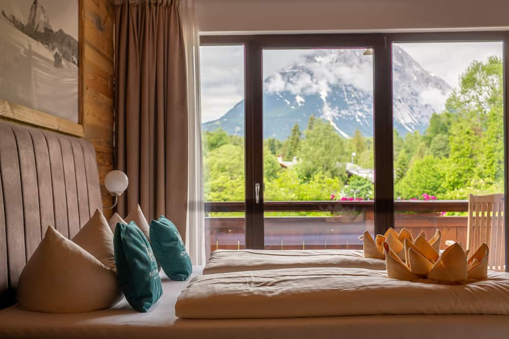 Double Room, Balcony, Mountain View - Guest Room