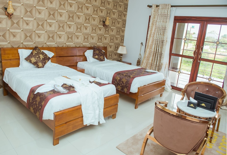 The Crest Lodge, Lusaka, Standard Twin Room, Guest Room