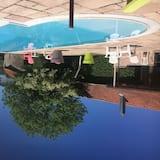 Ääretön uima-allas