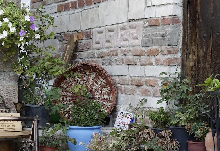 Limaki Konak Sirince, Selcuk, Garden