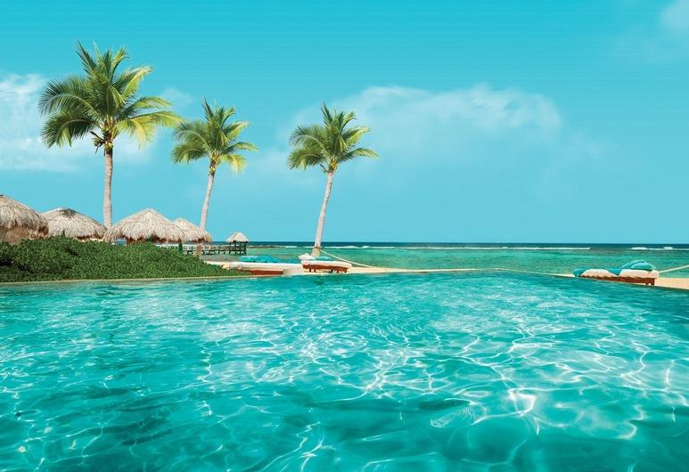 Sunscape Akumal Beach Resorts & Spa, Akumal, Piscina infinita