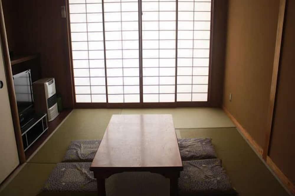 Tsuguro Kogenso