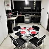 都會公寓, 2 間臥室, 城市景觀 - 客房餐飲服務