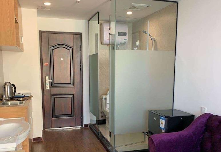 California Apartment HongMei Road Branch, Shanghai, Room