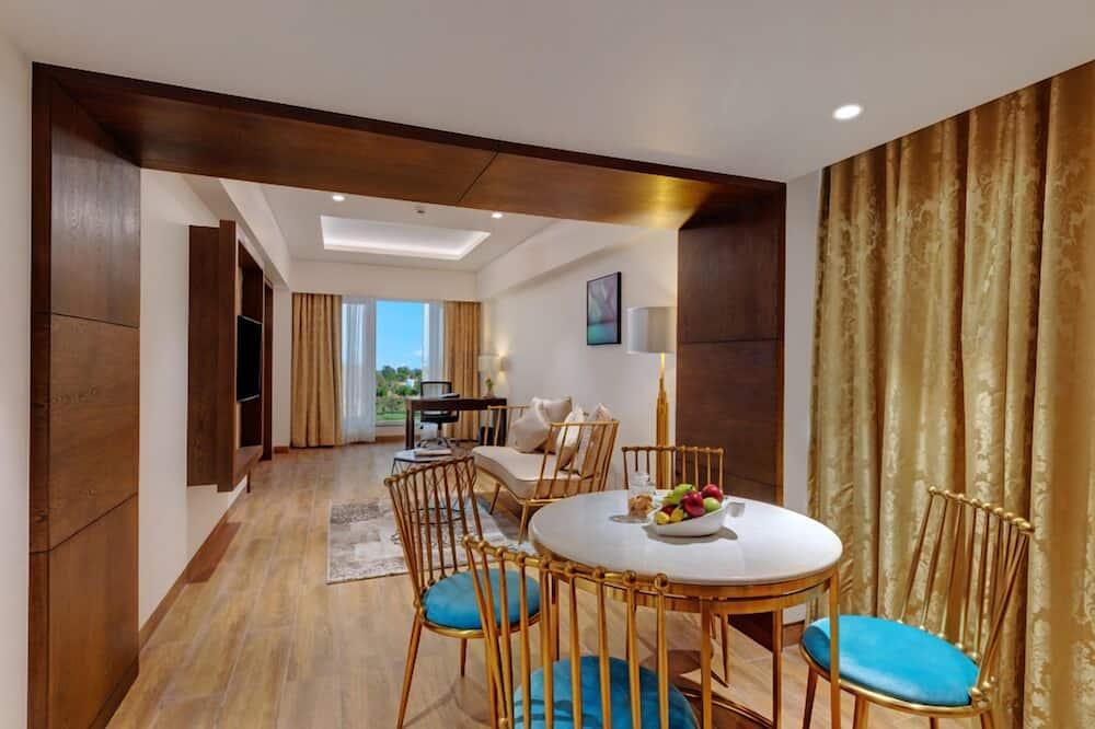 Hazel Suite - Living Area