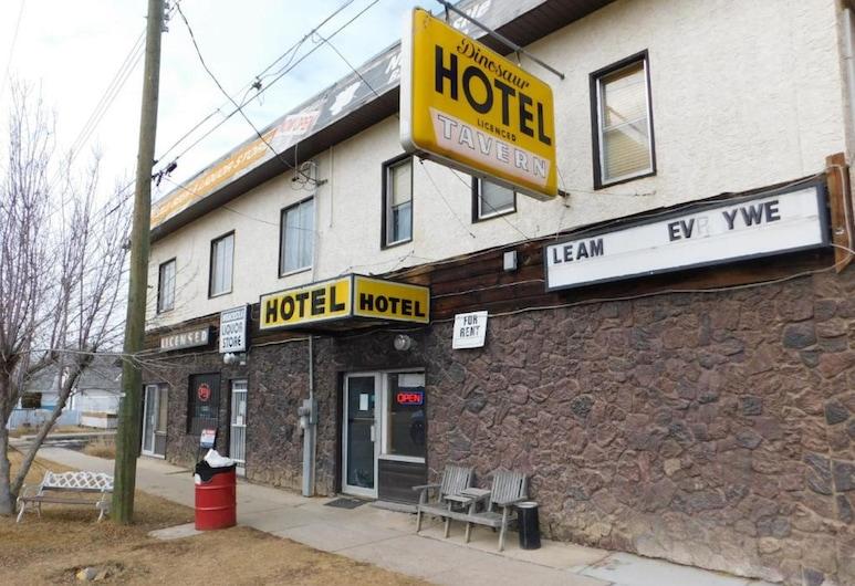 DINOSAUR HOTEL & NEWCASTLE BAR, Drumheller, Välisilme