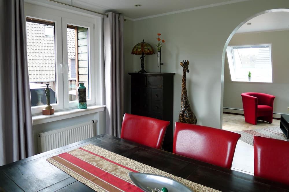 Lägenhet Comfort - balkong - utsikt mot bergen - Matservice på rummet