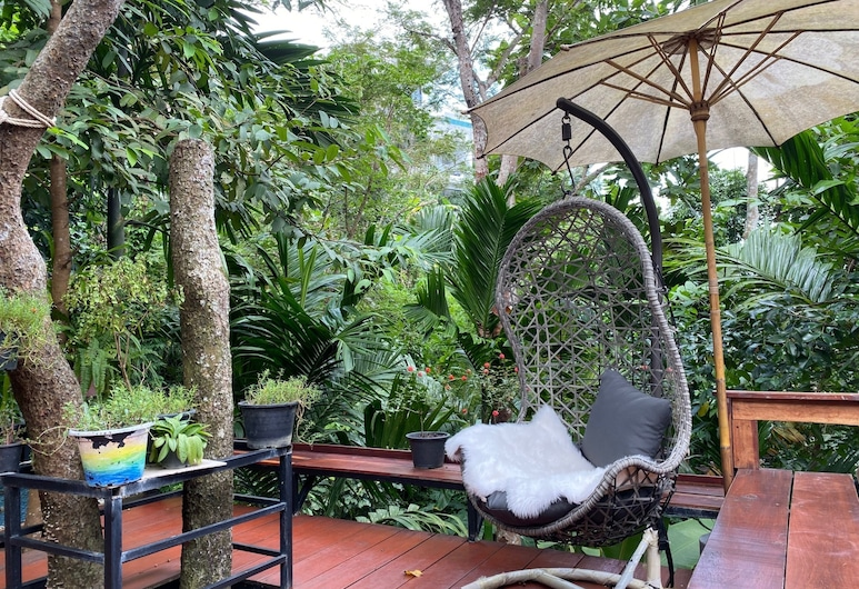 Nua Tone Resort & Cafe, Choeng Thale, Terrace/Patio
