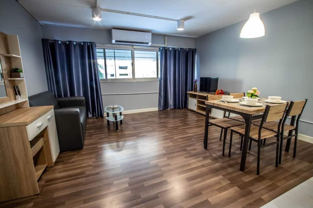 Luxury Double Room, 1 Double Bed, Garden View - Living Area
