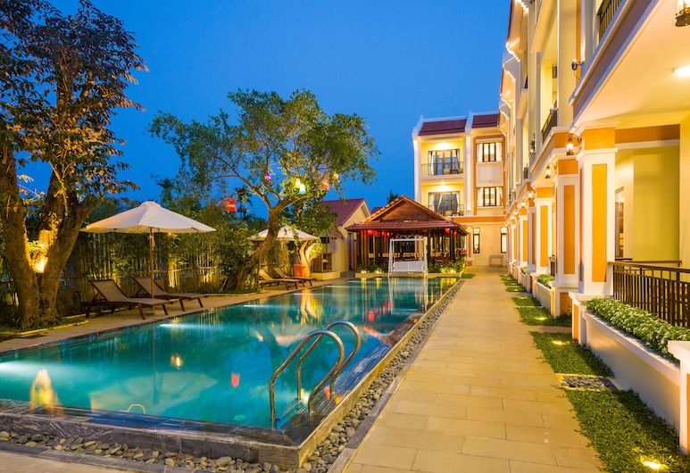 A Hand Up Villas, Hoi An, Deluxe Double or Twin Room, 1 Bedroom, Non Smoking, Pool View, Guest Room View