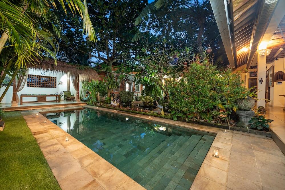 فيلا - غرفتا نوم - بمسبح خاص - حوض سباحة خاص