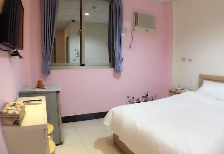 H Fun Hotel, Kaohsiung, Basic Double Room, 1 Double Bed (305), Guest Room