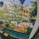 Family Room, Balcony, City View - Balcony View