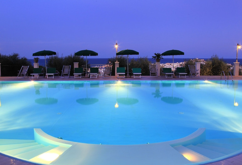 Residence Chiesiola, Vieste, Outdoor Pool