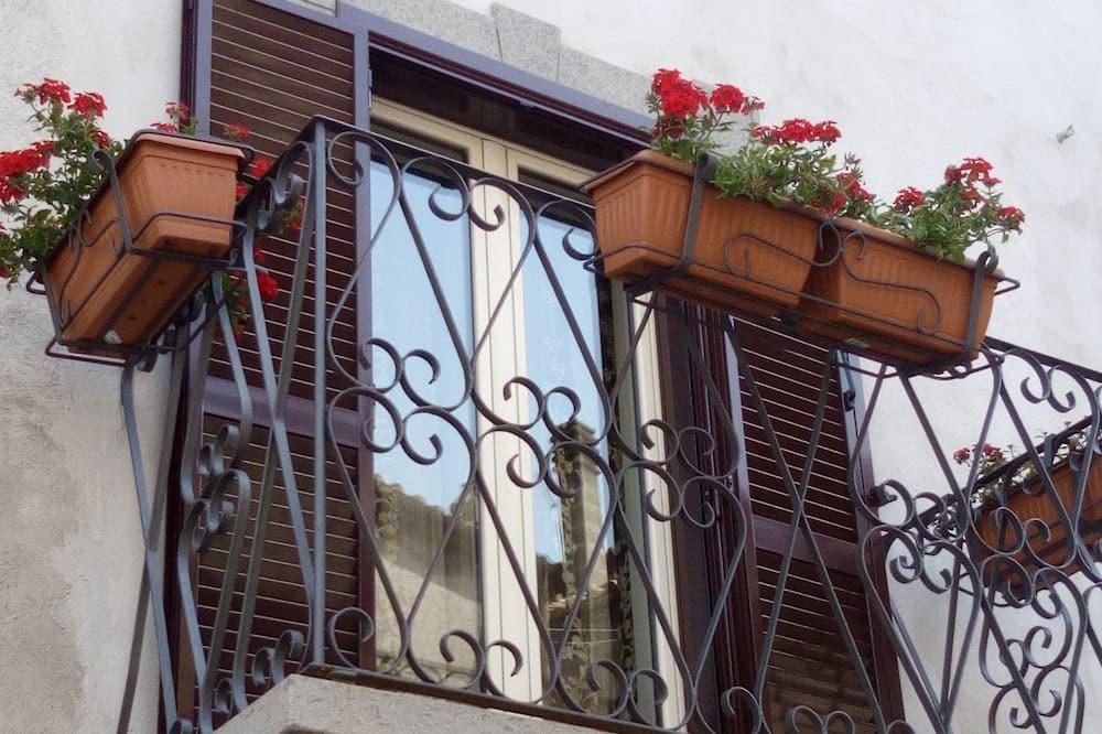 Apartment, 2 Bedrooms, Park View - Balcony