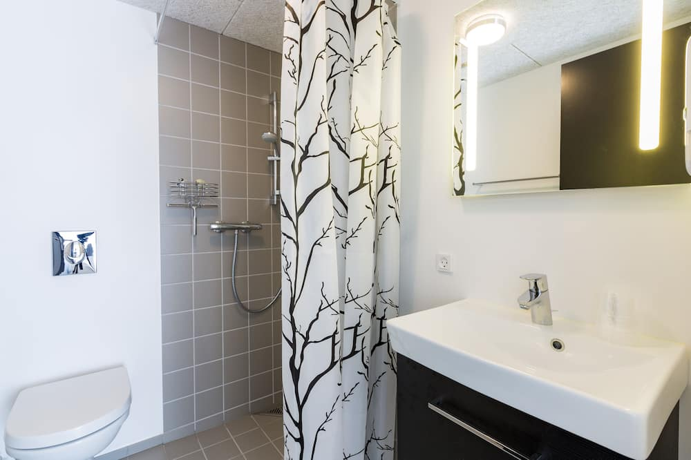 Double Room (Without a view, Annex) - Bathroom