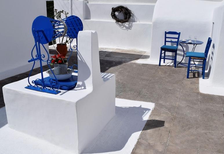 Authentic Santorinian Home Experience, Santorinas, Tradicinio tipo namas, 2 miegamieji, terasa, pirmas aukštas, Terasa / vidinis kiemas