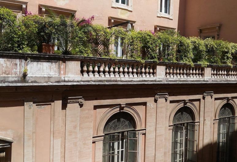 Domus Del Corso Spagna, Roma