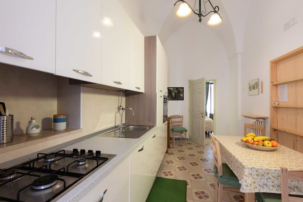 Family Apartment, 1 Bedroom, Garden View - Living Area