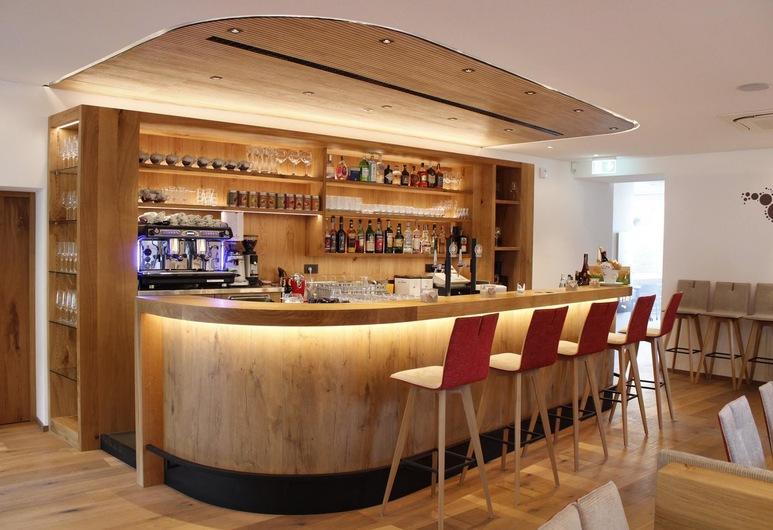 皮泽里亚瑟尔沃餐厅酒店, Magre Sulla Strada del Vino, 酒店内酒吧
