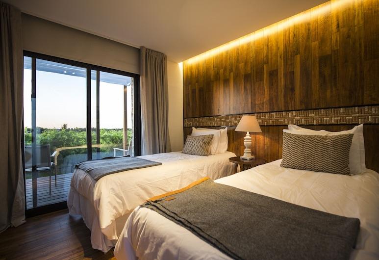 Pizzorno Lodge & Wine, Las Piedras, Deluxe Double or Twin Room (Doña Carmen), Room