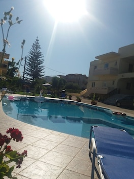 Picture of Litinas Apartments in Chania