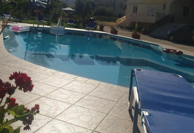 Litinas Apartments, Χανιά, Διαμέρισμα, Μπαλκόνι, Θέα στην Πισίνα (Apartment 8), Θέα από το δωμάτιο