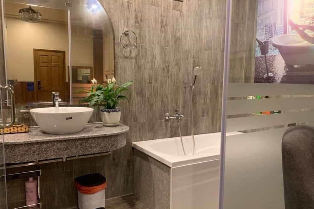 Zimmer - Badezimmerausstattung