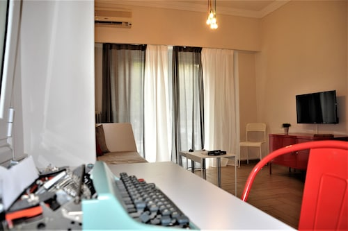 Ultra-modern,cozy