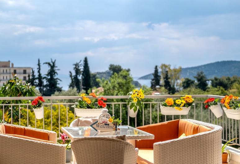 Sirena Tolo Luxury Apartment, Nafplio, Розкішні апартаменти, багатомісний номер, з видом на море, Тераса/внутрішній дворик